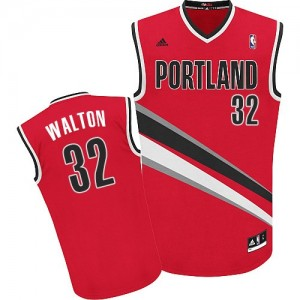 Maillot NBA Rouge Bill Walton #32 Portland Trail Blazers Alternate Swingman Homme Adidas