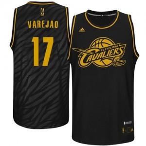 Maillot Adidas Noir Precious Metals Fashion Swingman Cleveland Cavaliers - Anderson Varejao #17 - Homme