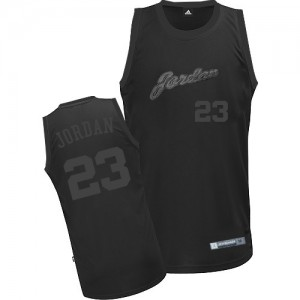 Maillot Authentic Chicago Bulls NBA Tout noir - #23 Michael Jordan - Homme