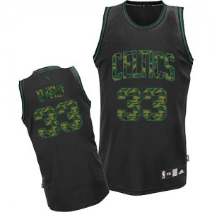 Maillot Authentic Boston Celtics NBA Fashion Camo noir - #33 Larry Bird - Homme