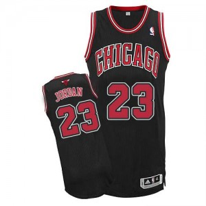 Maillot NBA Authentic Michael Jordan #23 Chicago Bulls Alternate Noir - Homme