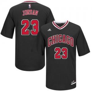 Chicago Bulls #23 Adidas Short Sleeve Noir Authentic Maillot d'équipe de NBA Braderie - Michael Jordan pour Homme
