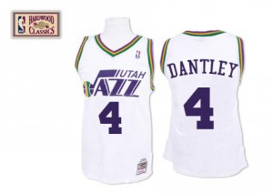 Maillot NBA Blanc Adrian Dantley #4 Utah Jazz Throwback Swingman Homme Mitchell and Ness