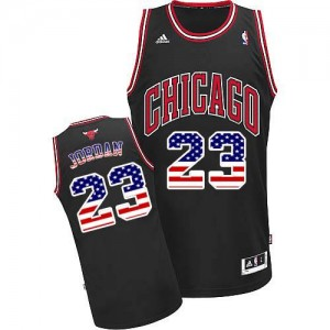Chicago Bulls #23 Adidas USA Flag Fashion Noir Authentic Maillot d'équipe de NBA pas cher - Michael Jordan pour Homme